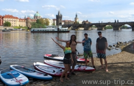 Paddleboard trip through Prague center