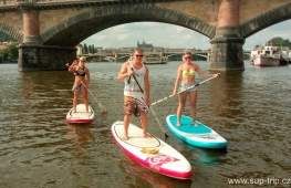 Paddleboarding trip through centre of Prague