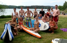 Corporate teambuilding on stand up paddleboard