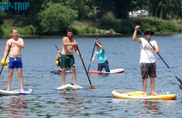 Company teambuilding on paddleboards in Prague